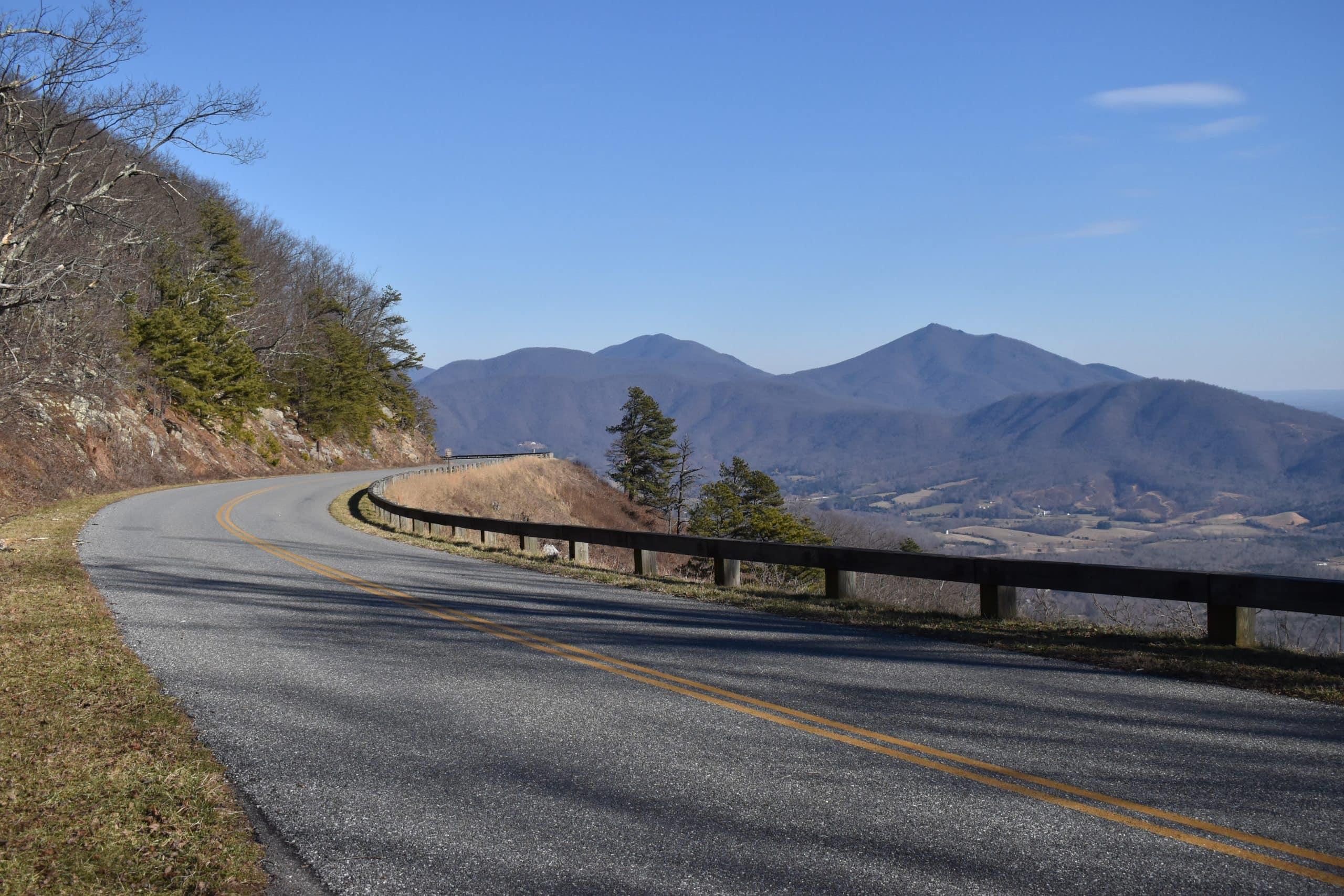 Road Trips From Roanoke - Peaks of Otter - Blue Ridge Parkway