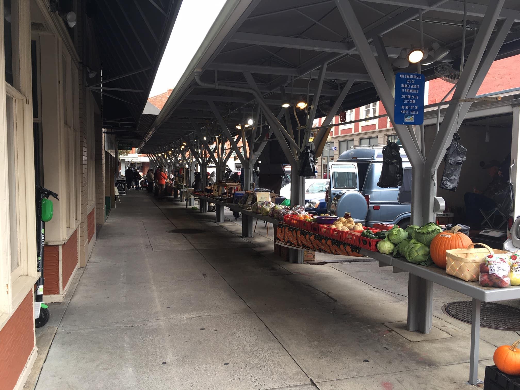Downtown Roanoke Vendor Rows